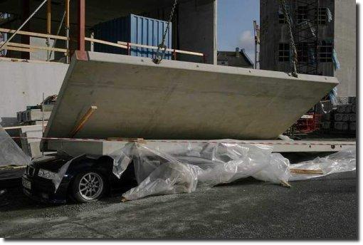 BMW esmagada smashed carro amassado carro destruído