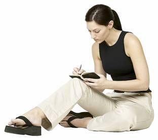 Garota Escrevendo