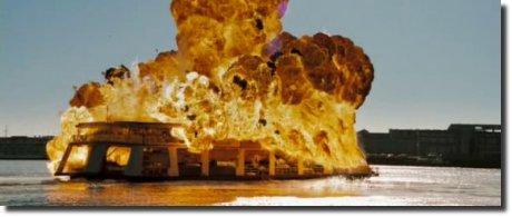 Deja Vu Explosão explosion barco rio
