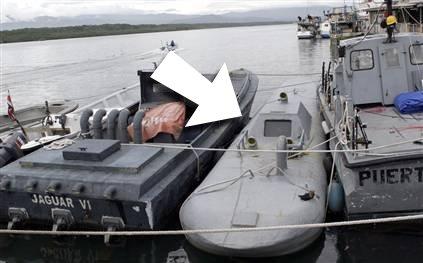 Submarino colombiano par entregar drogas