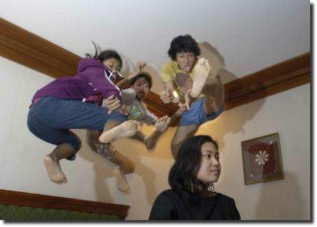 Voadora tripla japonesa surpresa