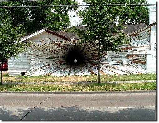 casa com túnel através