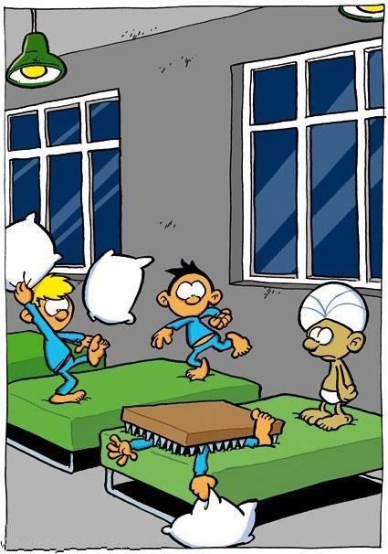 Guerra de travesseiros com um faquir