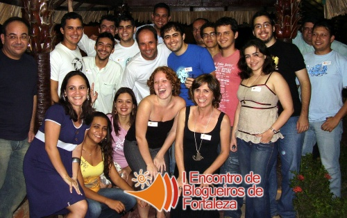 Foto do grupão no primeiro encontro de blogueiros de fortaleza