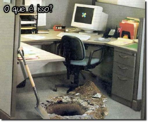 O que é isso? Um cearense fugindo do trabalho no escritório. túnel