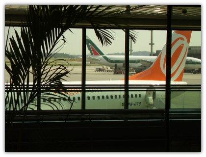 meu avião indo embora